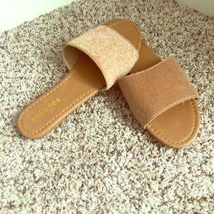 Goldtoe. Fur slides. NWOT!